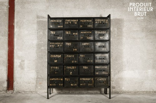 24-drawers-workshops-chest_front